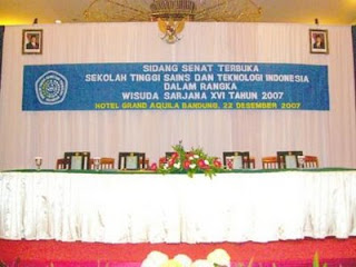 Nusantara Ballroom background used in this graduation