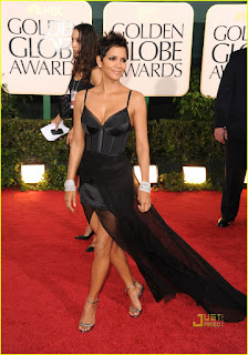 Golden Globes - Halle Berry, Nina Ricci Gown