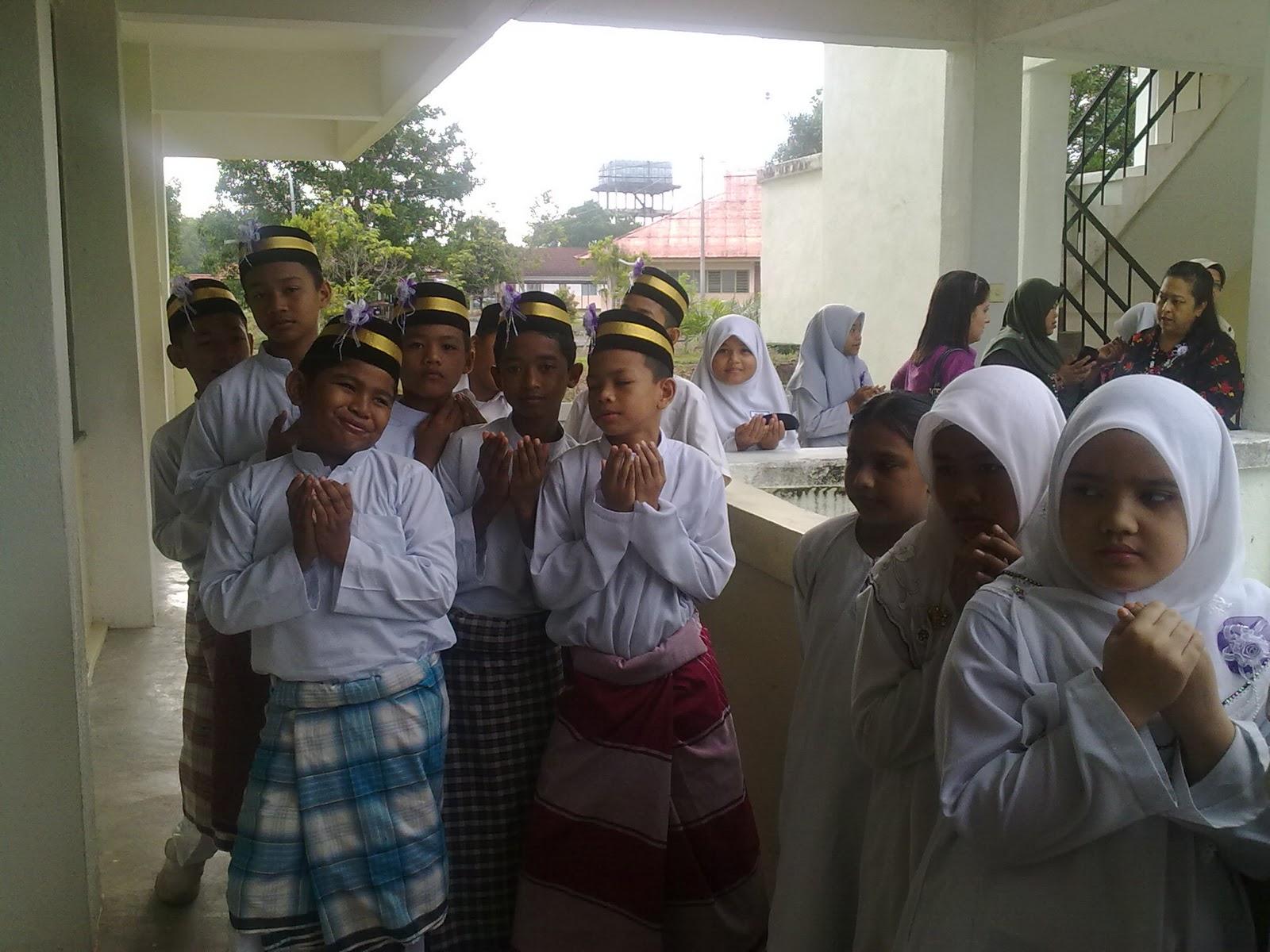 Search Results for: Contoh Karangan Liburan Sunda