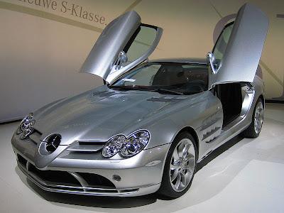 Makina Egzotike... 799px-Mercedes-Benz_SLR_McLaren_2_cropped