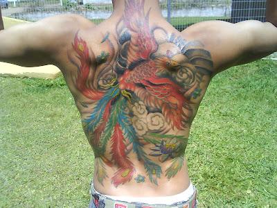 foto de tatuagem de fenix