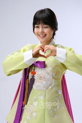hanbok + stars in hanbok (its my bonus^^) Chuseok_namgyuri_hanbok