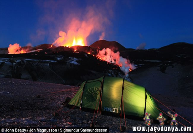 national geographic iceland volcano lightning. iceland volcano eruption