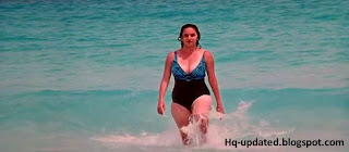 Hema Malini Sexy Swimsuit Stills From Guru Sishyan Movie - South