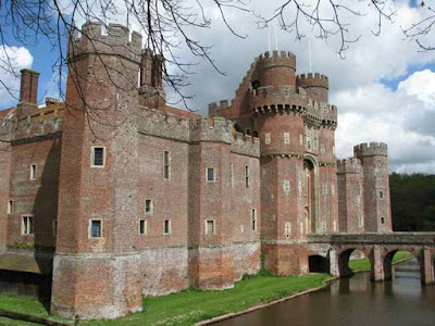 Houses With Moats