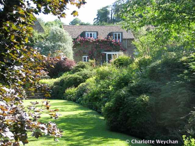 Very special Cotswold cottage gardens - Brook Cottage, Banbury and ...