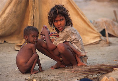 courtesty: http://www.karlgrobl.com/Browner1New/starving%20children%20india.htm