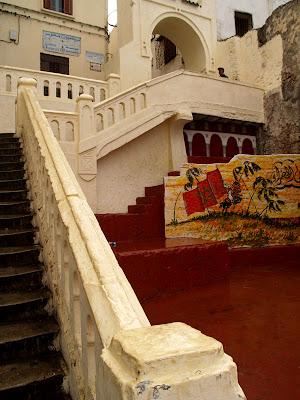 Tangeri: scalinata della medina orientale