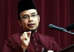 Dr. Asri Zainul Abidin
