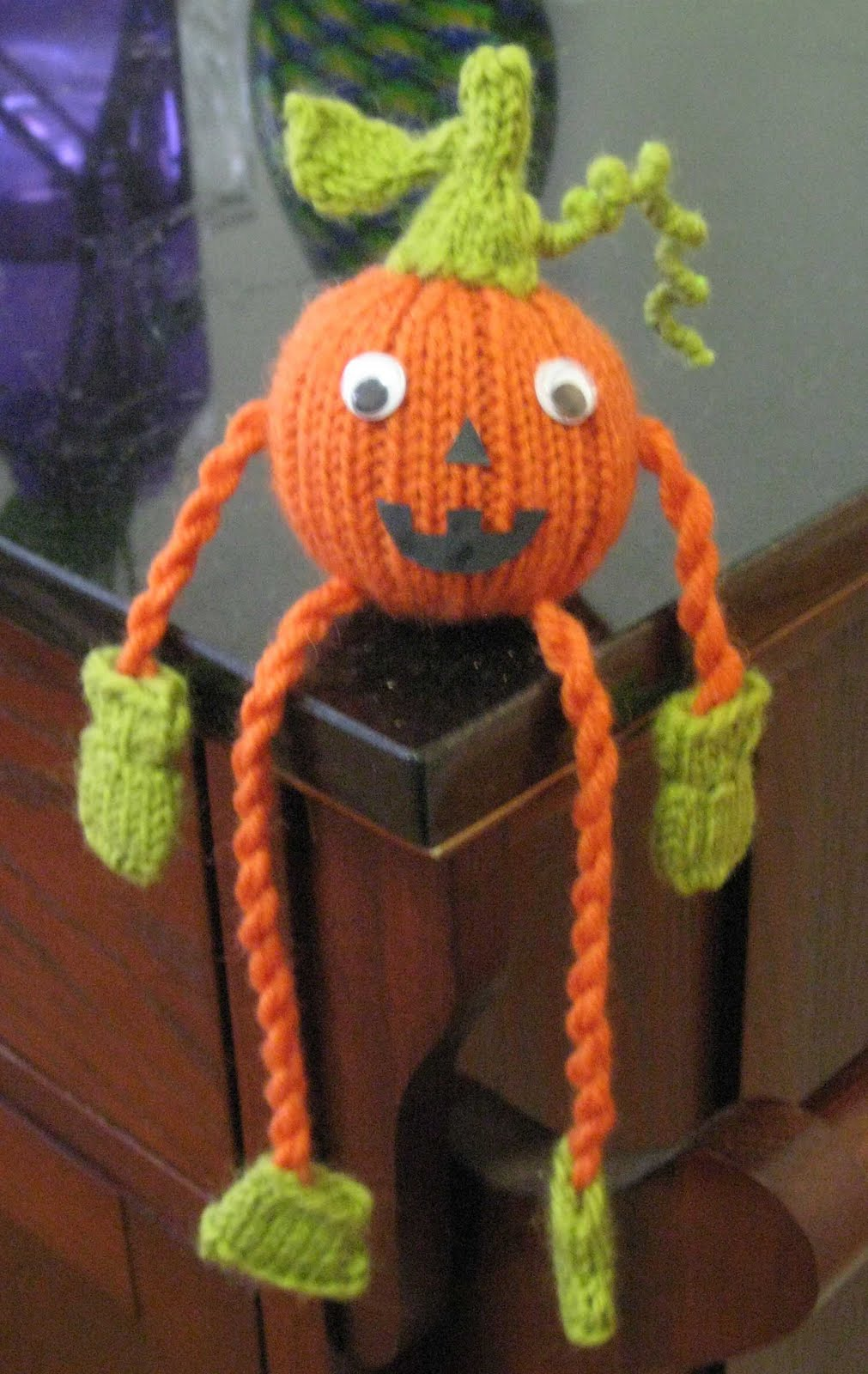 Free Knitting Pattern Witch Doll : ChemKnits: Pumpkin Posse