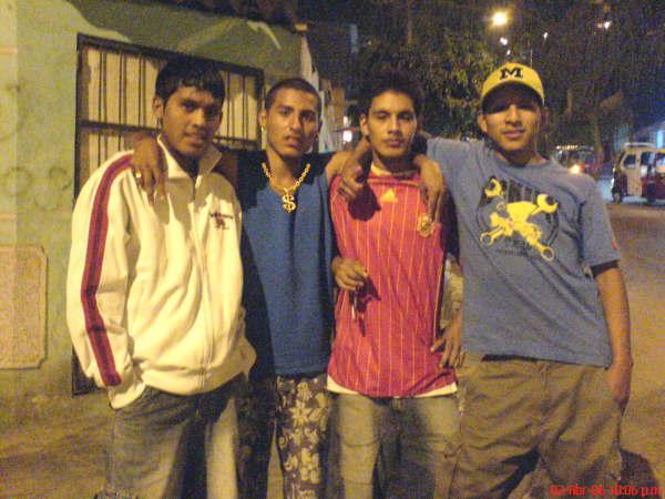 AMIGOS  DEL PERU