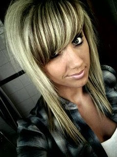 Emo Haircuts Style With Girl Emo Hair Typically Sexy Long Girl Emo Hairstyle Photos Galleries
