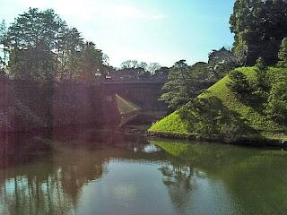Nijyu-bashi(iron-bridge)