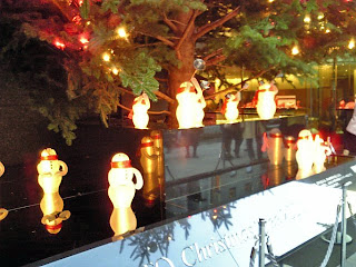 snowmen under the tree