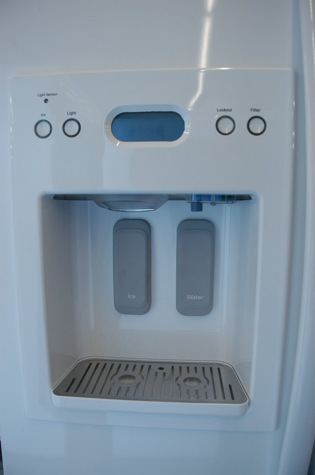 KitchenAid Side By Side Dispensing Freestanding Refrigerator Architect  Series II Model:KSCS25FVSS