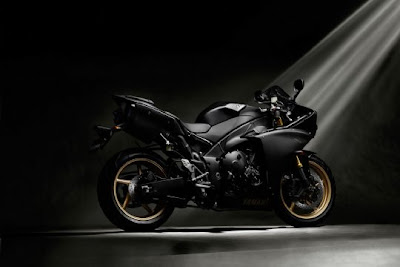 mean life  Yamaha R1