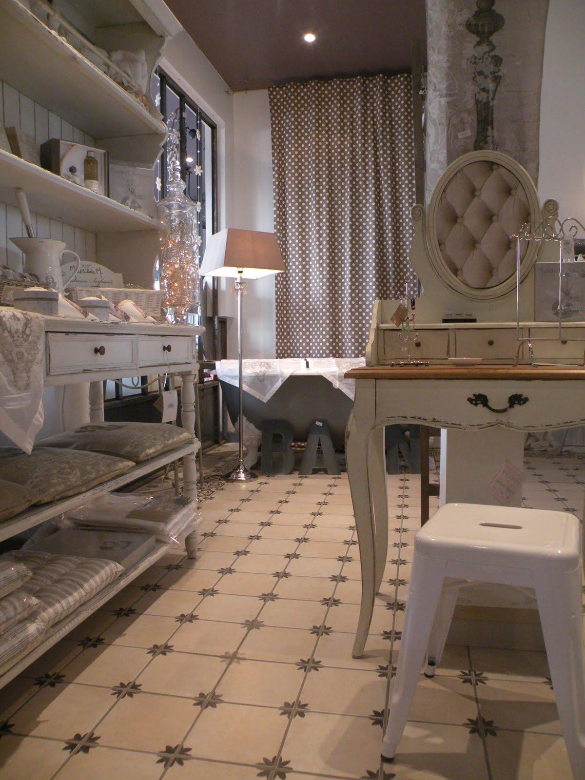 l 39 atelier des f es nouvel espace mathilde m senteurs greenleaf avec bougies senteurs un. Black Bedroom Furniture Sets. Home Design Ideas
