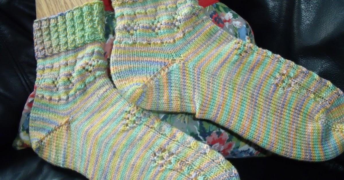 Knitting Stitches K1tbl : Socks and Scrapbooks: Lollipop Garden Sock Pattern