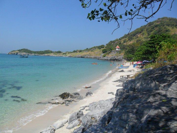 Hotspots Travel Destination In Thailand: Ko Si Chang Island, Choburi, Thailand