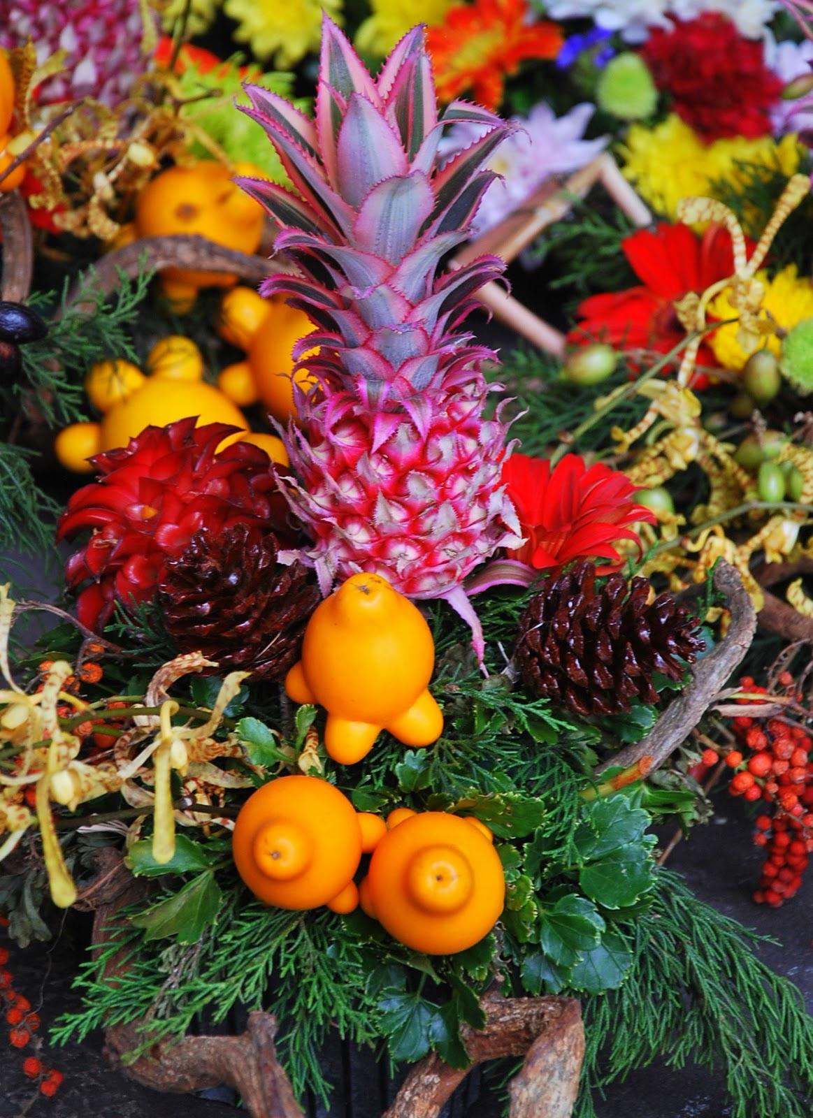 Bulaklak decor unique flower arrangement for Unique pictures of flowers