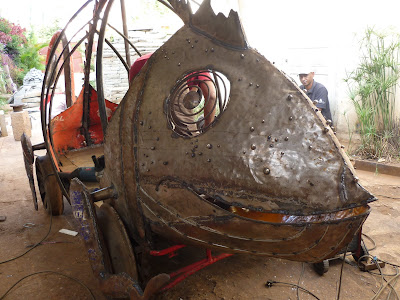 caméléon, exposition antananarivo, gare antananarivo, myriam merch, scumpture