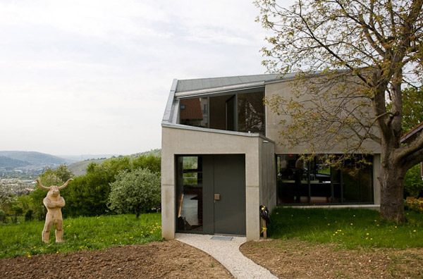 Unusual concrete home germany most beautiful houses in for Cement home designs