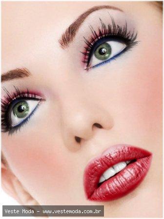 Para você que ama se maquiar mas não te tem pratica nenhuma com os ...: lolomake.blogspot.com/2011/01/dicas-de-maquiagens.html
