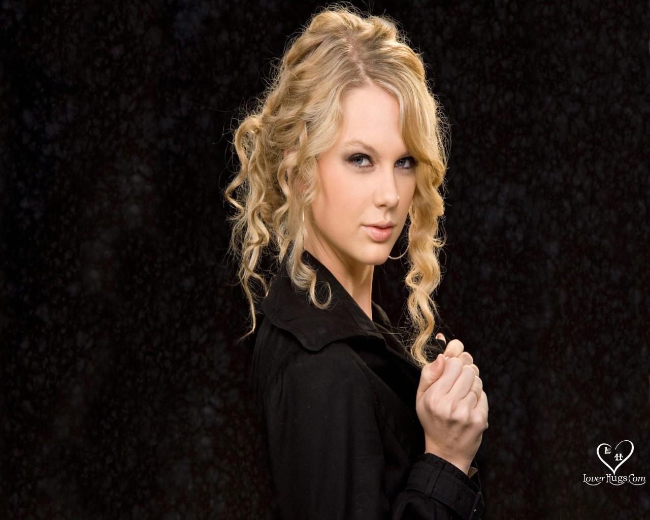 http://4.bp.blogspot.com/_vX5vPjRoi7o/TMm7wWnXz3I/AAAAAAAAB44/lq33Qzv-vt4/s1600/TaylorSwift2.jpg