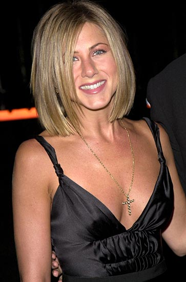 jennifer aniston short hair pictures