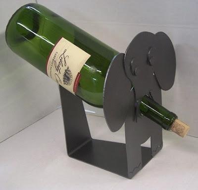 Elefántos bortartó