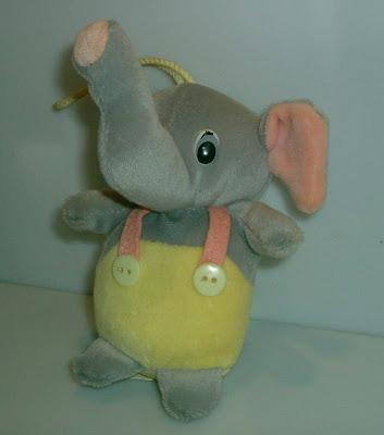 Elefánt nadrágban