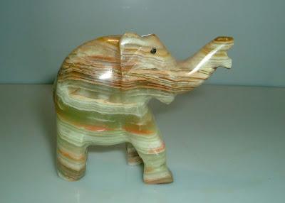 Márvány elefánt