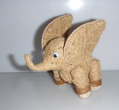 Szalma elefánt