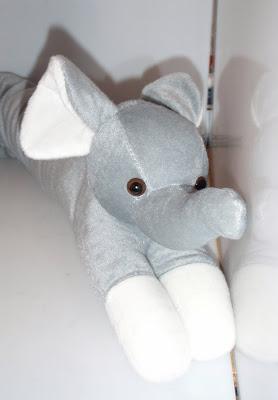 Elefántos huzatfogó