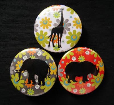Elefántos kitűzők