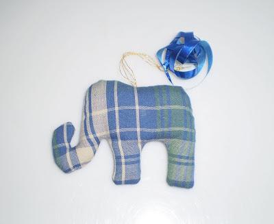 Kockás elefánt