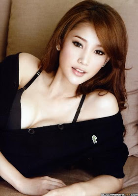Thai Model and Actress Taengmo Pattarathida Sexy Photos