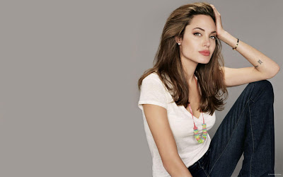 Hollywood Actress Angelina Jolie Photo sexy Collection
