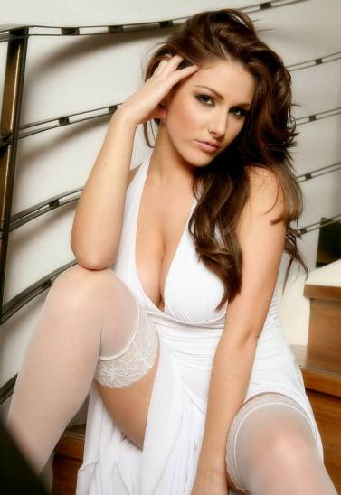 Glamor Model Lucy Pinder Sexy White Dress Lingerie Photos