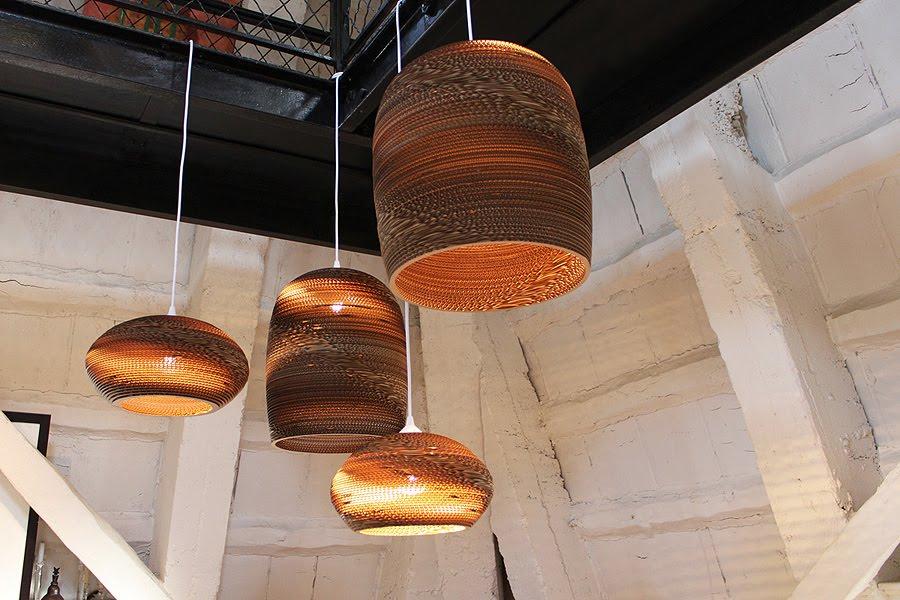 vrijdag verlichting handgemaakte kartonnen lampen van graypants. Black Bedroom Furniture Sets. Home Design Ideas
