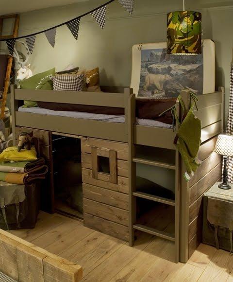 Stoere jongens kamers in blauw met hout villa d 39 esta interieur en wonen - Stapelbed kleine kamer ...