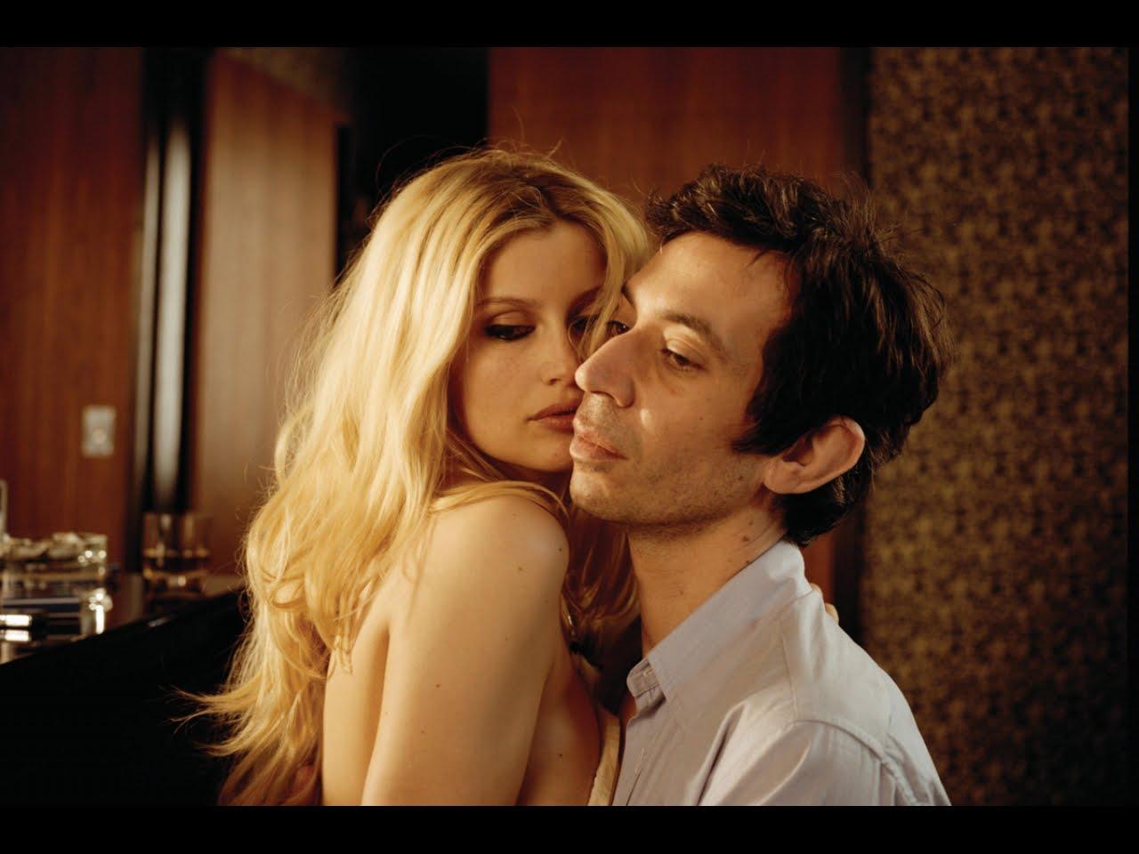http://4.bp.blogspot.com/_vbCvs73V4MI/TBaBCW8iSyI/AAAAAAAAAPU/_QNHlg2rvxY/s1600/Gainsbourg1.JPG