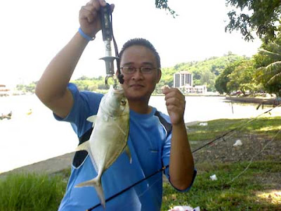 Fishing adventurers in Brunei waters: July 2007