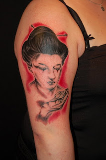 Amazing Female Shoulder Tattoo With Japanese geisha Tattoo Design Picture 6