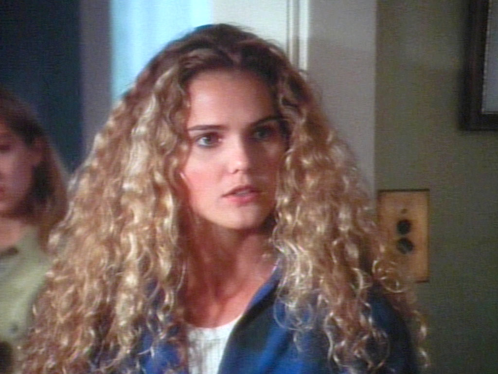 Keri Russell Curly Hair 70 S 80 S And 90 S Pinterest