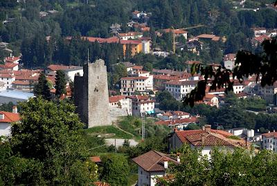 Tarcento_castello_vecchio_torre