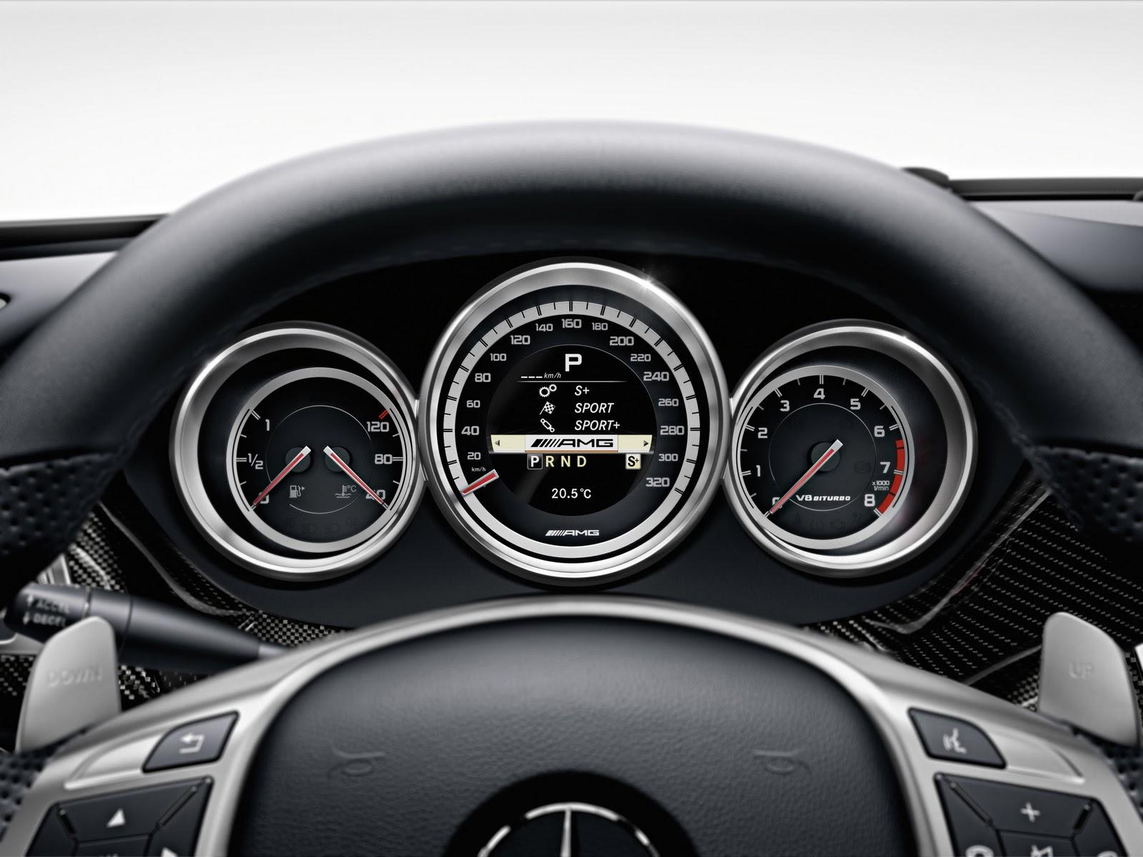 http://4.bp.blogspot.com/_viCh1SFyGrA/TO1vCqwuGCI/AAAAAAAAAJk/WfKrffvG3tg/s1600/2011-Mercedes-Benz-CLS-63-AMG-Gauges-1920x1440.jpg