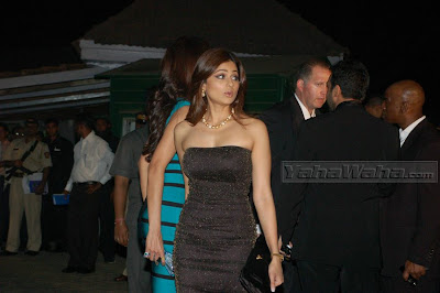 shamita shetty cleavage show at IPL Dinner Party