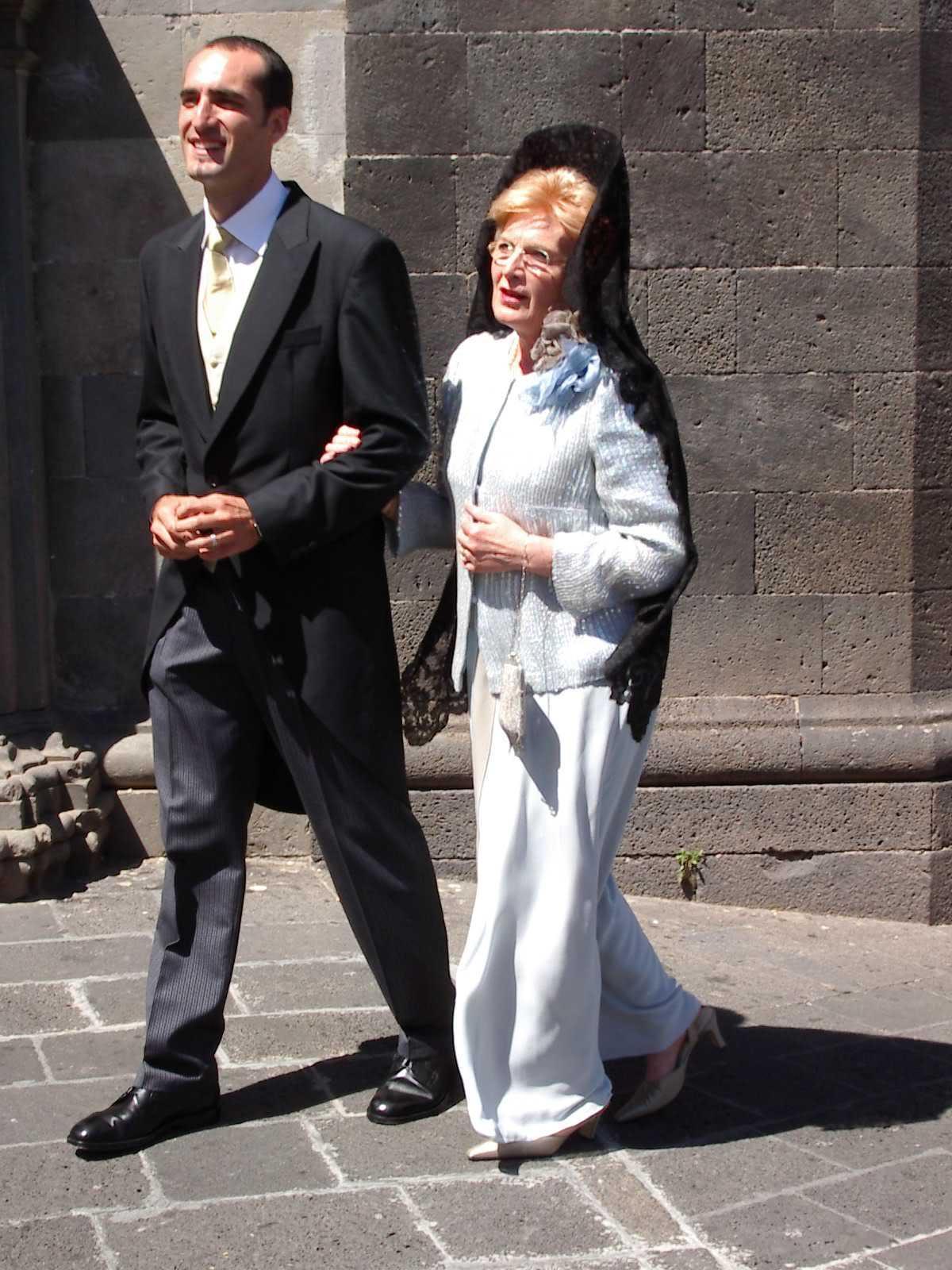 Vestido madrina senora mayor