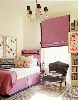 The Lovely Side: Small Space Inspiration | Bedrooms